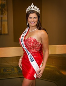 Ms. International 2013 - Stacy Smith - Pic2